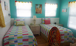 Island Beach House - Sun Deck Rental - Bedroom 2